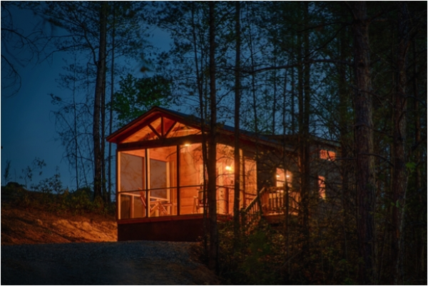 Crossing Creeks RV Resort Now Offering Destination Luxury Log Cabins